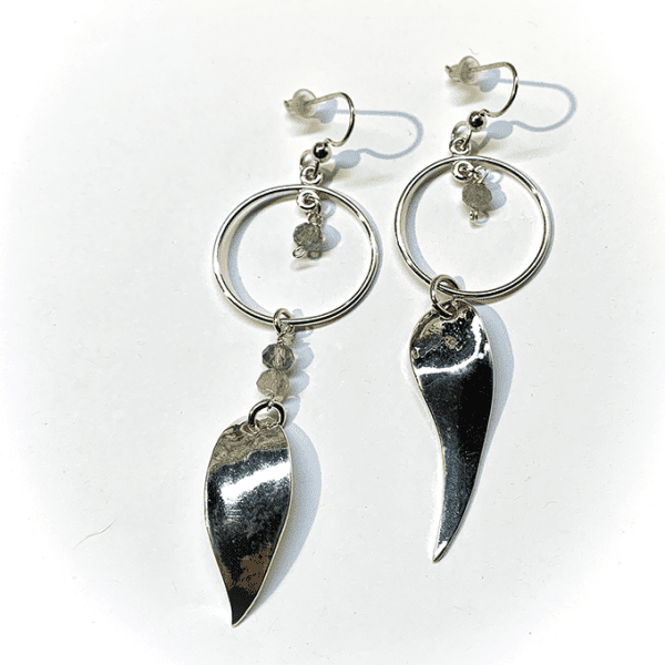 Leave earring with labradorite