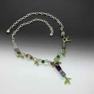 Cubic necklace, peridot and fluoride