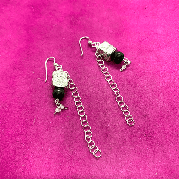 Pebble collection earrings