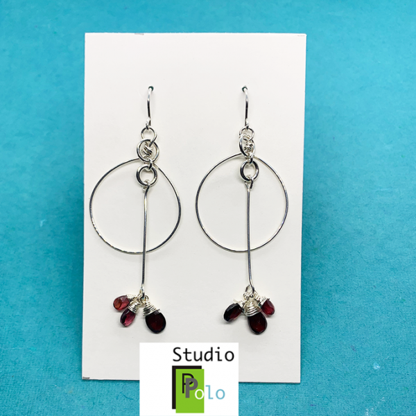 30013E Garnet Earrings